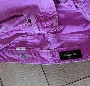 Purple cropped pants